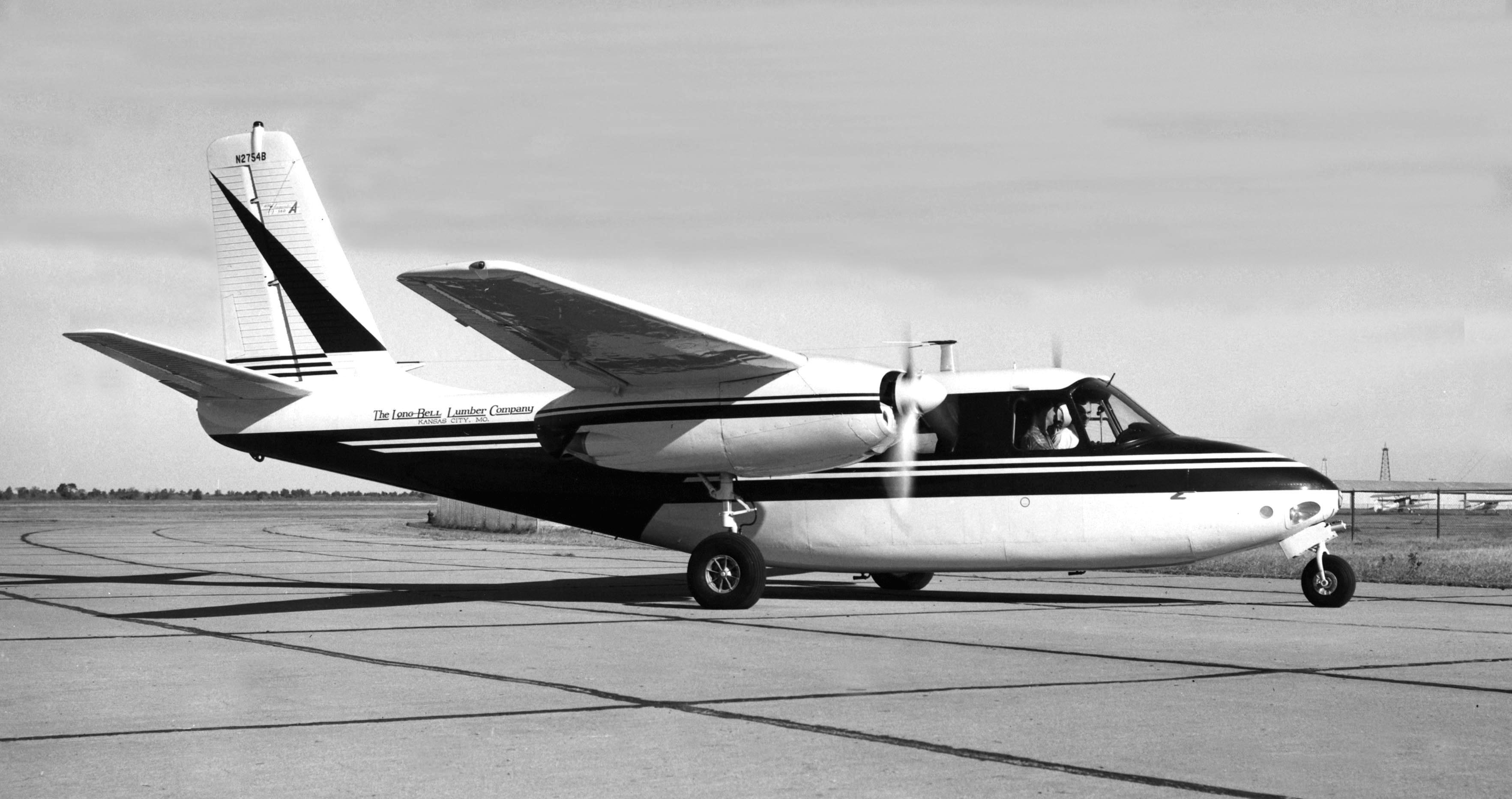 The 560A certified on July 1, 1955 featured a stretched fuselage.